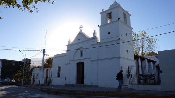 800px-Iglesia_Histórica__Nuestra_Señora_del_Rosario__-_Merlo_-_San_Luis